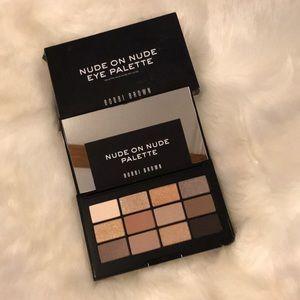 NIB Bobbi Brown Nude on nude eye palette 12 shades